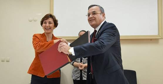 Düzce Üniversitesi, Fibrebeton ile eğitimde iş birliği protokolü imzaladı